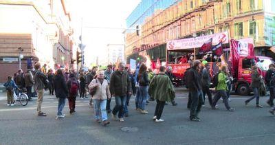 A Berlino in più di centomila contro il trattato TTIP