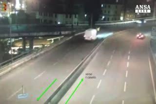 Incidenti stradali: A7 contromano, in scontro 1 morto e 7 ...