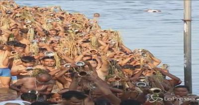 In India si conclude il Pitru Paksha per ricordare i defunti