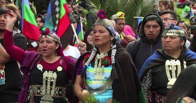 Cile, protesta dei Mapuche nell'anniversario sbarco di ...