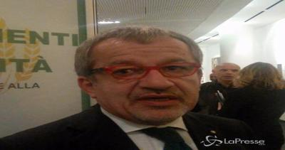 Expo, Maroni: Da Renzi nessuna risposta, proprietà privata non è furto