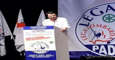 Salvini a congresso Lega: Basta fiaccolate per la pace, ...