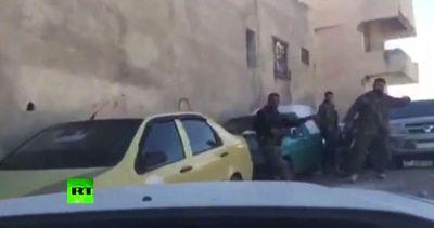 Siria, il video in diretta del ferimento di tre giornalisti ...