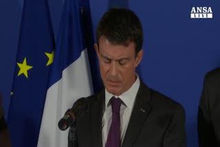 Parigi, paura terrorismo colpisce turismo
