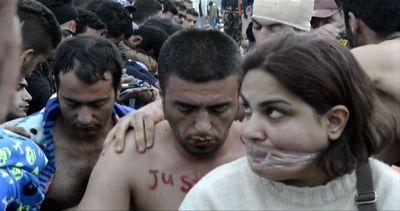 Esodo migranti: sbarchi senza fine a Lesbo, protesta al ...