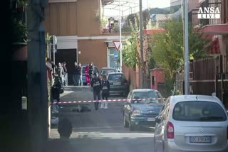 Uomo ucciso in strada in periferia di Roma