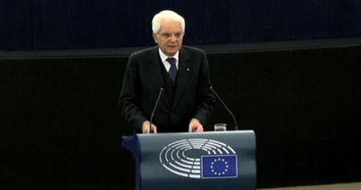 Mattarella all'Europarlamento: Europa ferita dal terrorismo