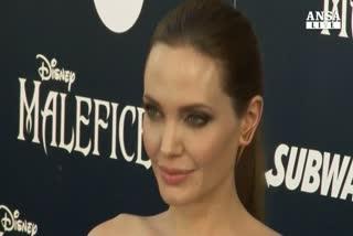 Angelina Jolie presiede festival in Cambogia