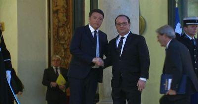 Stragi di Parigi: Hollande riceve Renzi, poi il vertice con ...