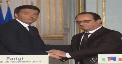 """Renzi e Hollande: """"Uniti contro il terrorismo"""