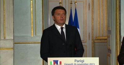 Renzi a Parigi: sui rifugiati serve un accordo globale con ...