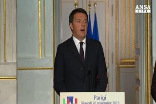 Asse Renzi-Hollande: contro Isis serve coalizione piu' ampia