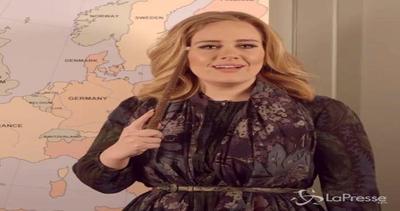 Adele annuncia il suo tour: due tappe anche in Italia