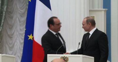 Hollande da Putin: insieme per una vasta coalizione contro ...