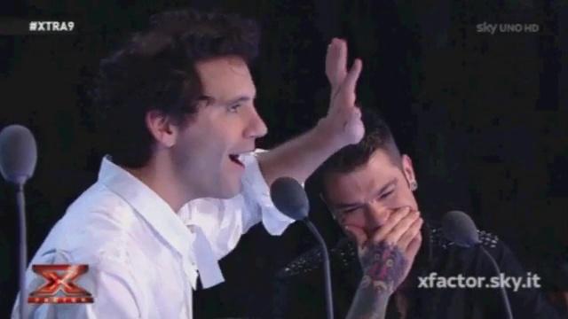 """X Factor, Mika indirizza un """"vaffa"""" a Fedez"""