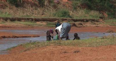 Siccità e inondazioni, i cambiamenti climatici opprimono ...