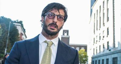 Fabrizio Corona diventa professore