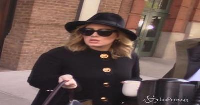 Adele ancora da record: con '25' batte anche gli Oasis