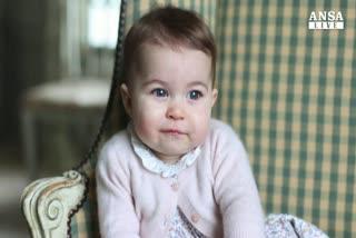 Ecco Charlotte, le foto di mamma Kate