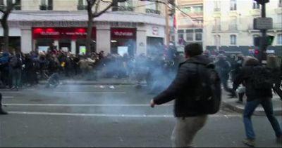 COP21, 317 fermi dopo gli scontri ai cortei vietati a Parigi