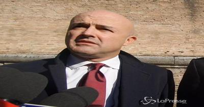 Nuzzi-Fittipaldi: Processo Vatileaks 2 spostato al 7 ...