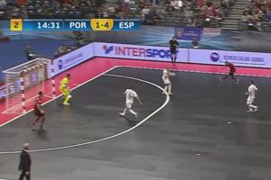 Europei di calcio 5, perla di Ricardinho: dribbling impossibile e sinistro all'incrocio