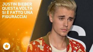 I fan fischiano Justin Bieber e lui reagisce così